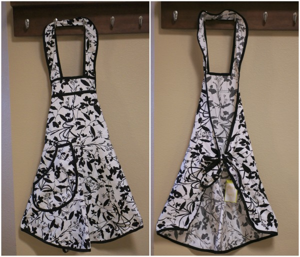 Front and Back A Greener Kitchen Organic Cotton Full Apron Review