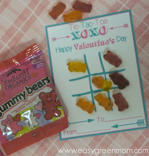 Tic Tac Toe Valentine with YumEarth Gummy Bears