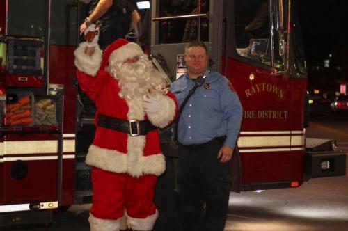 Santa and Raytown fireman