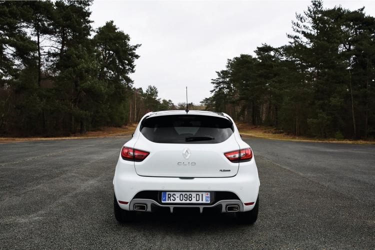 renault_clio_rs220_trophy_7