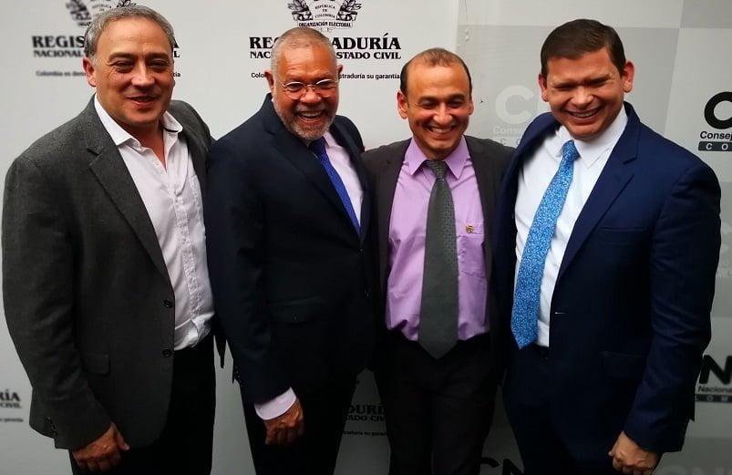 De izquierda a derecha: el representantes Carlos Acosta y los senadores Eduardo Pacheco, Édgar Palacio y Jhon Milton Rodríguez.De izquierda a derecha: el representantes Carlos Acosta y los senadores Eduardo Pacheco, Édgar Palacio y Jhon Milton Rodríguez.
