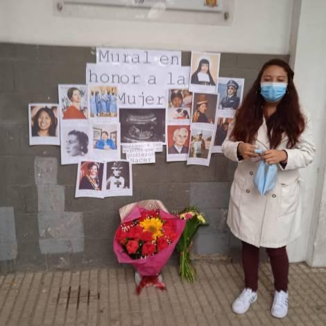 Mural en homenaje a la mujer boliviana