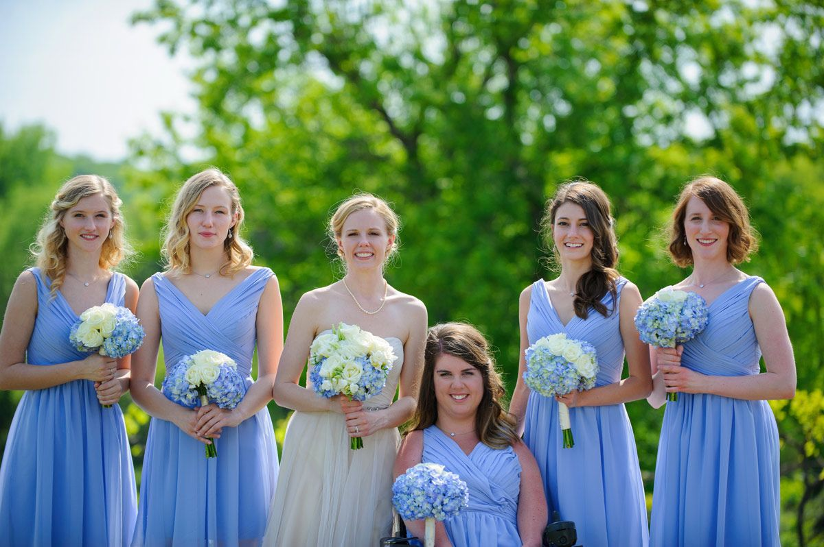 Group portrait of the bride and bridesmaids