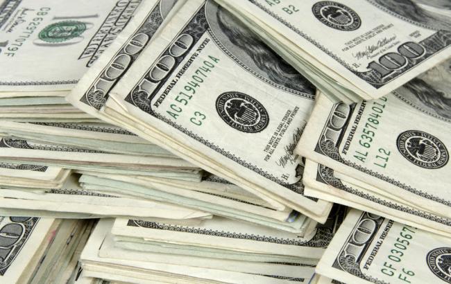 Гривня опустилась на межбанке до 22,30 за доллар