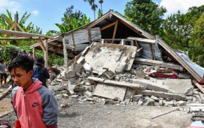 Картинки по запросу острові Ломбок, що в Індонезії, сильний землетрус фото