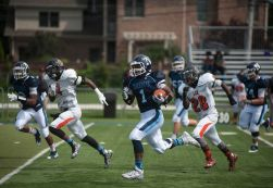Nazareth running back Ivory Kelly-Martin breaks free for a big gain against Leo on Saturday, Sept. 5. He rushed for 152 yards including touchdown runs of 23 and 11 yards in the Roadrunners' 42-12 victory. (William Camargo/Staff Photographer)