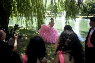 Maritza Bautista celebrates her quincera photoshoot at Commons Park in North Riverside on July 9. | William Camargo/Staff Photographer