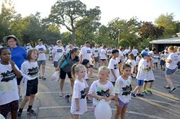 Students and families get ready to line up for the race on Sept. 22, during the annual Rainbow Run at Blythe Park Elementary. | Alexa Rogals/Staff Photographer