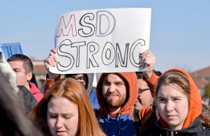 Students protest gun violence at the Riverside-Brookfield High School walkout on March 14. (Photo by Alexa Rogals | Staff)