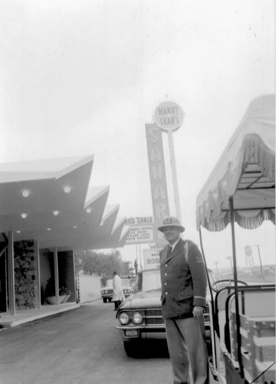 At the time, Bennett was headlining at the Sahara Inn near O'Hare Airport (above), a Moorish-themed hotel and nightclub complex fronted by Manny Skar, whose ties to the Chicago Mob ran deep. | Photo courtesy Liz Faron collection
