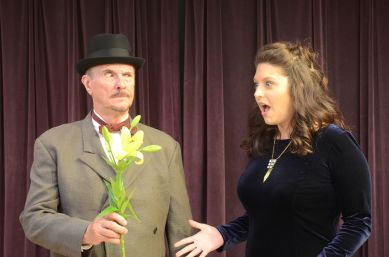 """Tom Viskocil and Emily Crohn in """"Agatha Christie's Murder in the Studio"""" at Theatre of Western Springs"""