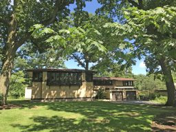 """The """"Masterworks"""" housewalk is heavy on buildings either designed by or related to Frank Lloyd Wright's influence. A highlight of the tour is the bedroom wing of the sprawling Avery Coonley Estate designed by Wright. (Photo by Mike Maloney)"""
