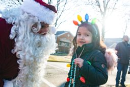 Isabella Pelayo, 5, of North Riverside having a conversation with Santa Clause on Saturday. | SHANEL ROMAIN/Contributor