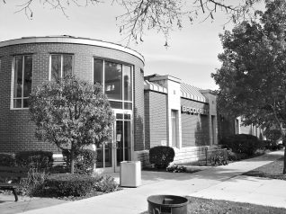 Beginning June 3, Brookfield Public Library and Riverside Public Library begin curbside service.
