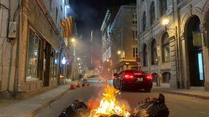 Covid-19 : manifestation contre le couvre-feu à Montréal