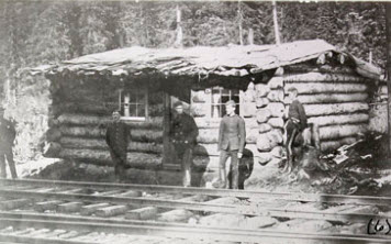 1890s - Photograph of Northwest Mounted Police members at Golden, BC (Source of photo - Library Archives of Canada)
