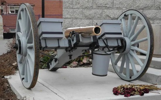 """Photograph of a NWMP 7-pounder artillery gun at """"Depot"""" Division (Source of photo - Ric Hall's Photo Collection)."""