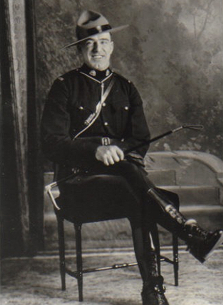 Photograph of Constable William Henry Marshall (Reg.#10725) (Source of photo - Ric Hall's Photo Collection).