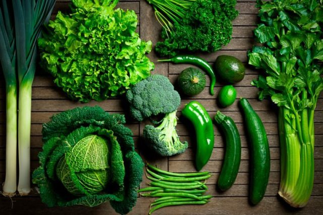 Foods-Men-Should-Eat-More-Of-(And-5-Foods-To-Eat-Less-Of)