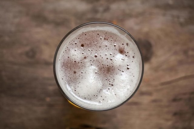 Beer  Thes are Foods that can give you a body Odour 02 Alcohol Foods that Could Secretly Be Giving You Body Odor 429499249 Alexeysun 760x506