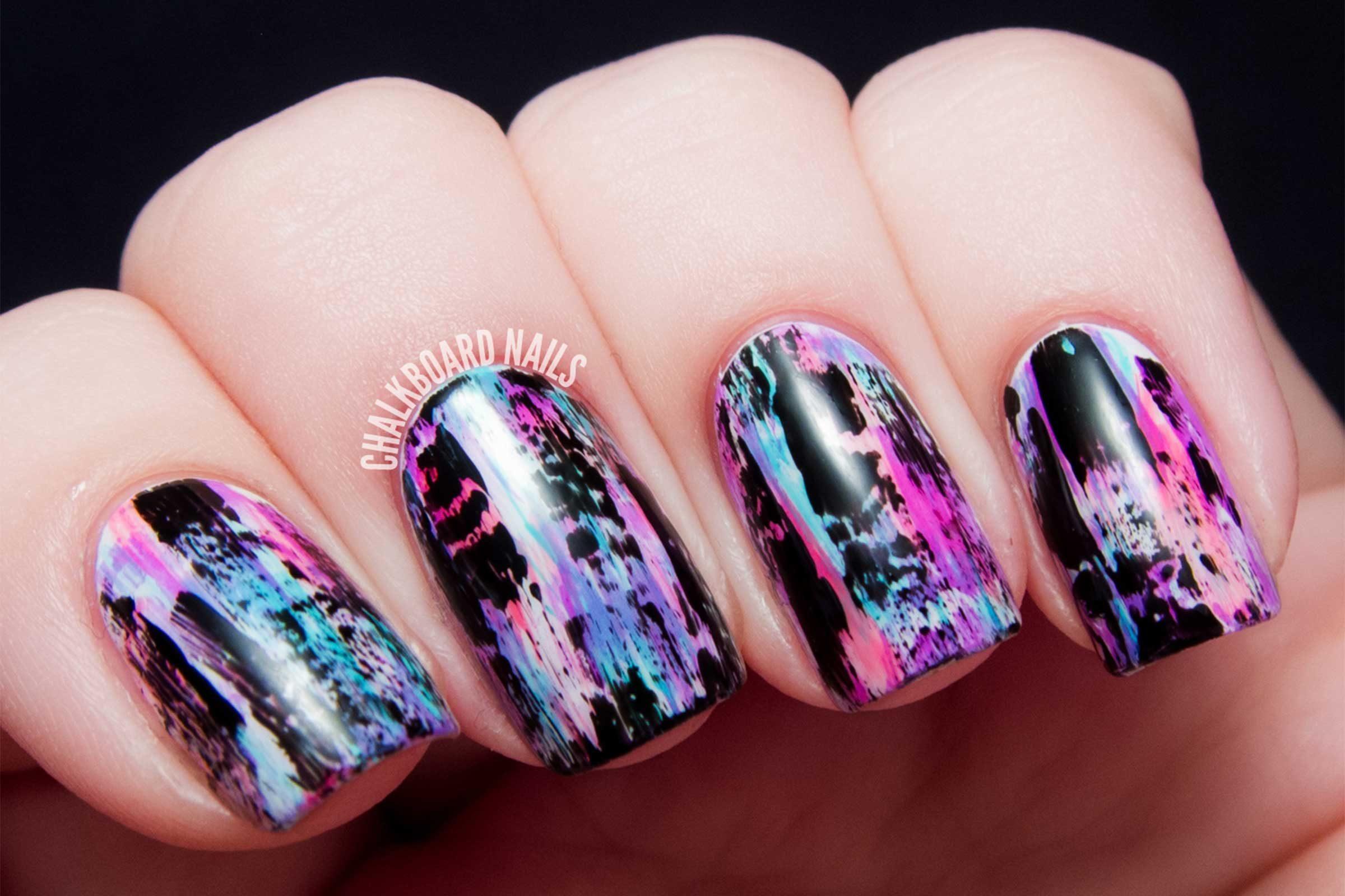 Nail Art Design Easy S For Diy Manicures Reader Digest