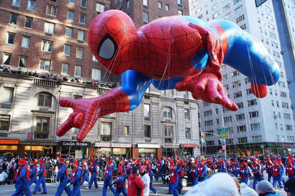 Macy's Thanksgiving Day Parade Facts | Reader's Digest