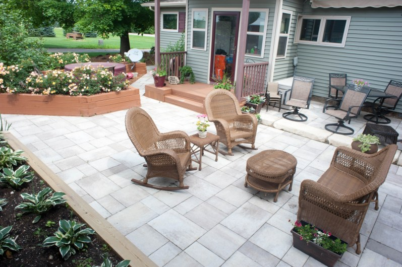 patio and walkway for hot tub 4