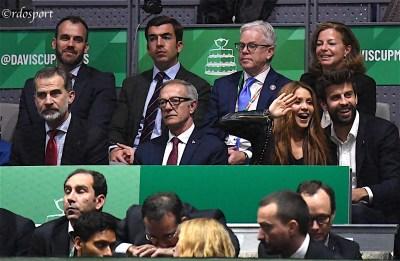 Il re Felipe IV di Spagna, Shakira e Gerard Piquè Caja Magica Madrid - foto di Roberto Dell'Olivo