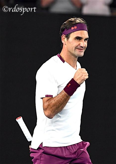 Roger Federer raggiunge la semifiale di Melbourne