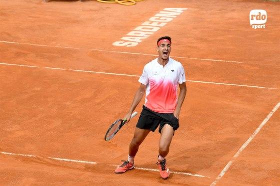 L'urlo di Lorenzo Sonego dopo l'ultimo punto nella finale contro il serbo Djere (foto di Roberto Dell'Olivo)