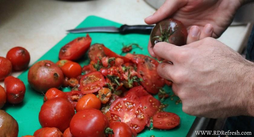 Stemming tomatoes