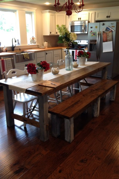 Farmhouse DIY kitchen table