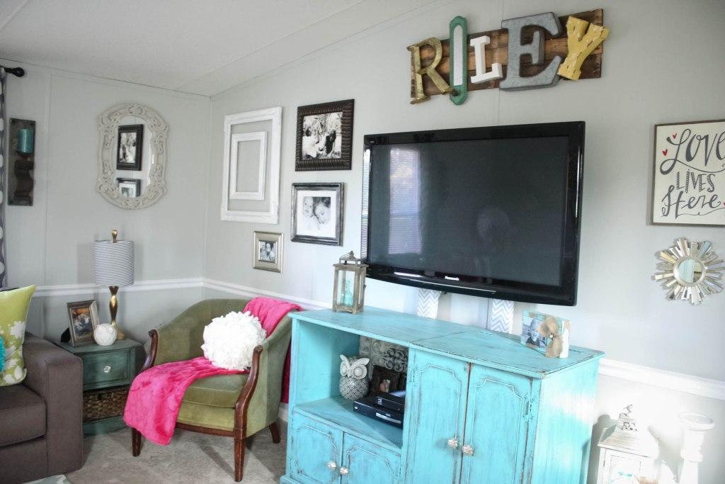 Living Room Reveal- Mobile Home