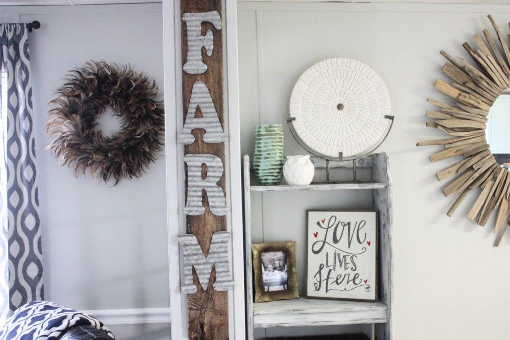 DIY Farm Pallet Sign