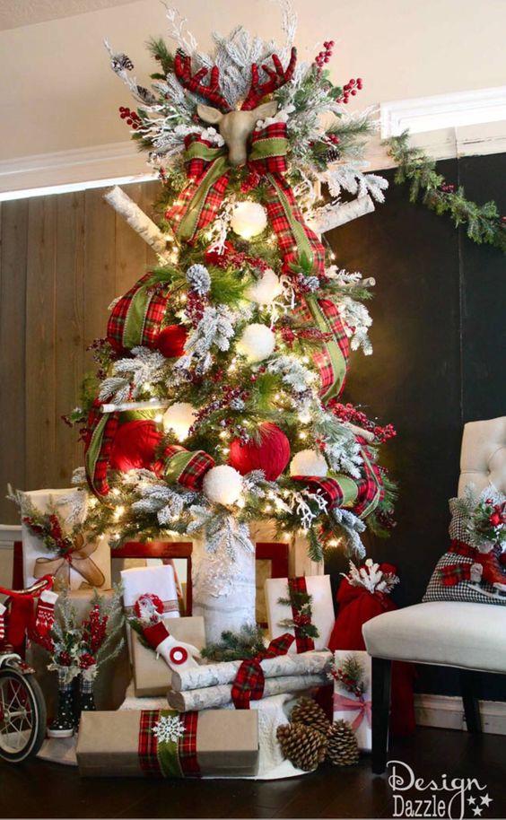 Santa Cabin Christmas Tree