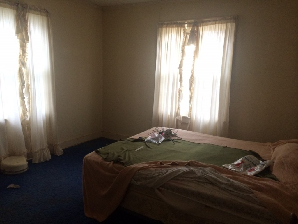 fixer upper house-bedroom before