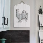 DIY Beadboard Rooster Sign