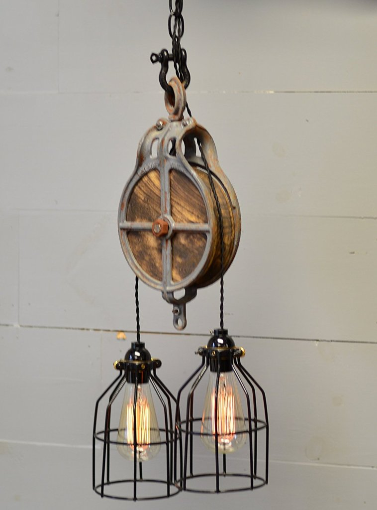 Farmhouse lighting doesn't have to cost a fortune! All of these fabulous farmhouse lighting fixtures are on Amazon for great prices!