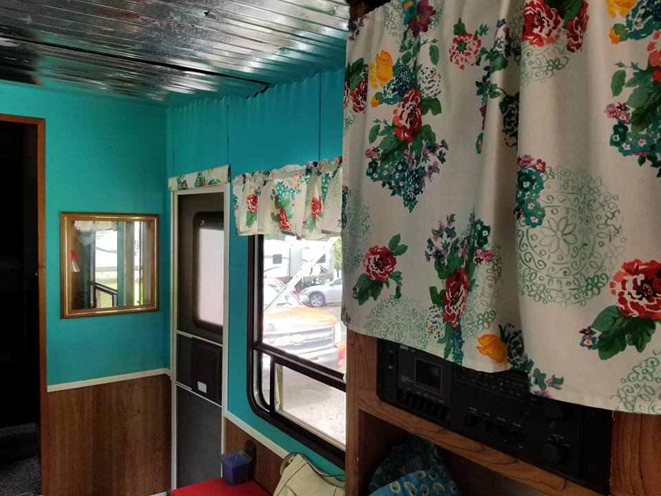 GORGEOUS free camper makeover on a tight budget! These before and afters are amazing! A must see project.