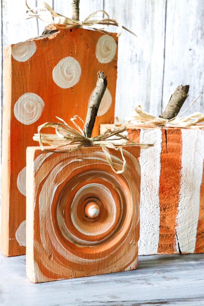 un and Easy DIY Scrap Wood Pumpkins! The little stems are simply sticks from the yard, and the wood is scraps found on the ground or leftover from previous projects! Check it out! Definitely a must pin for Fall!