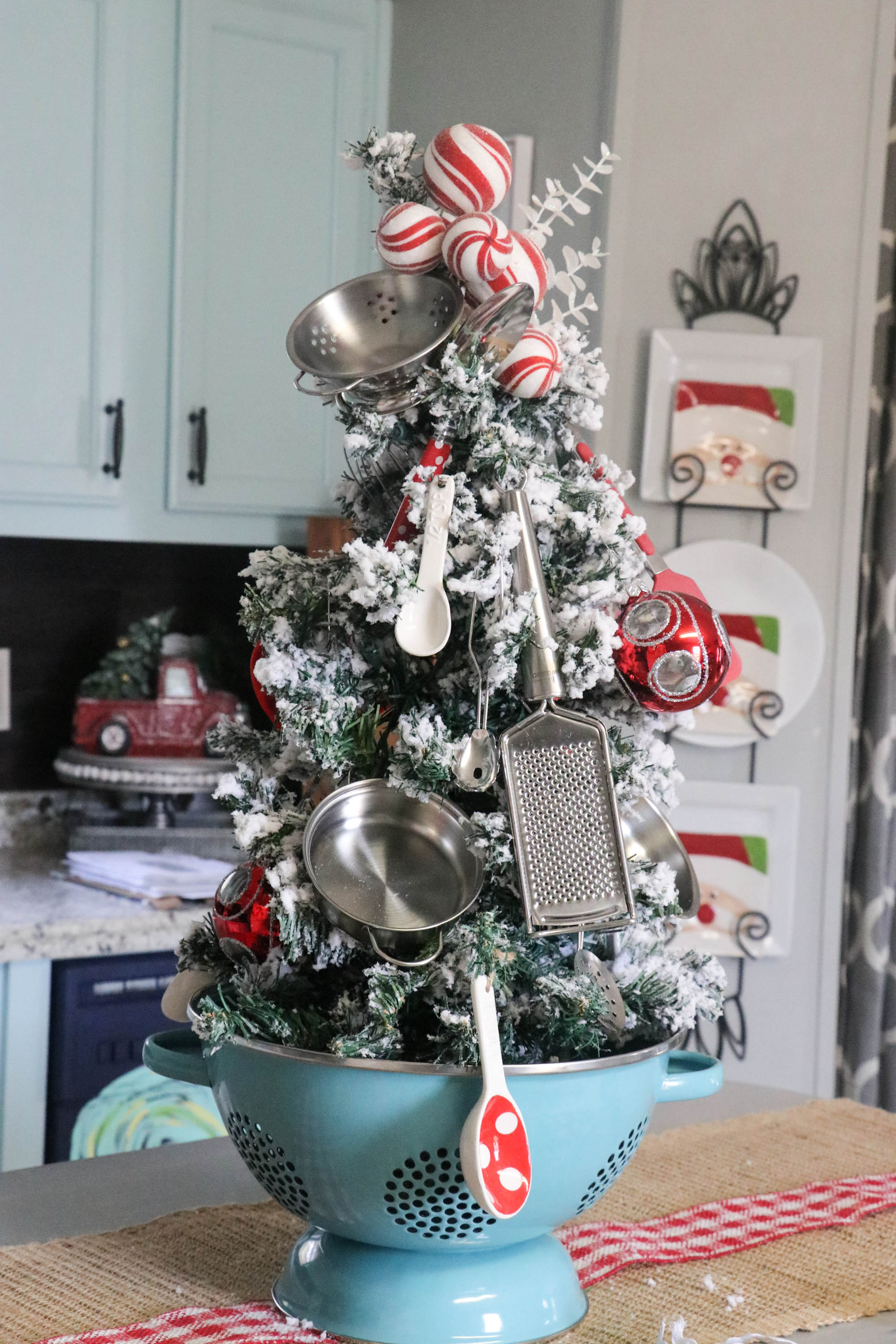 Kitchen Christmas Tree Re Fabbed