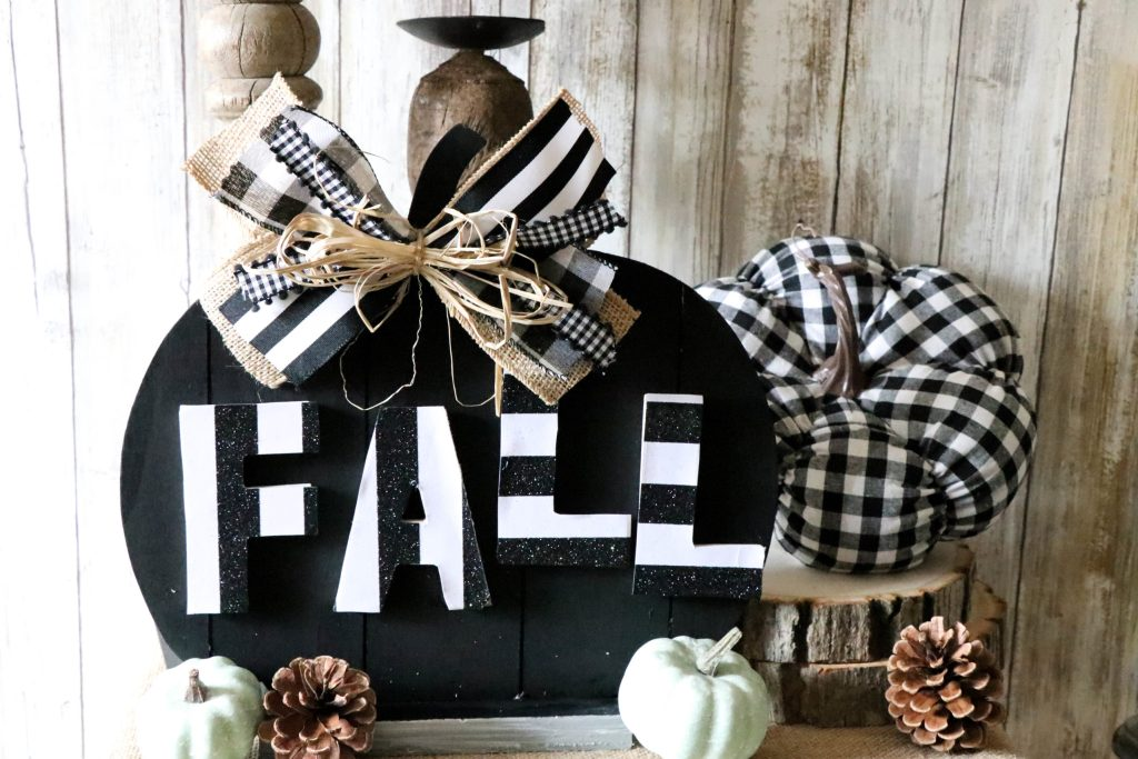 Beautiful black and white fall themed vignette