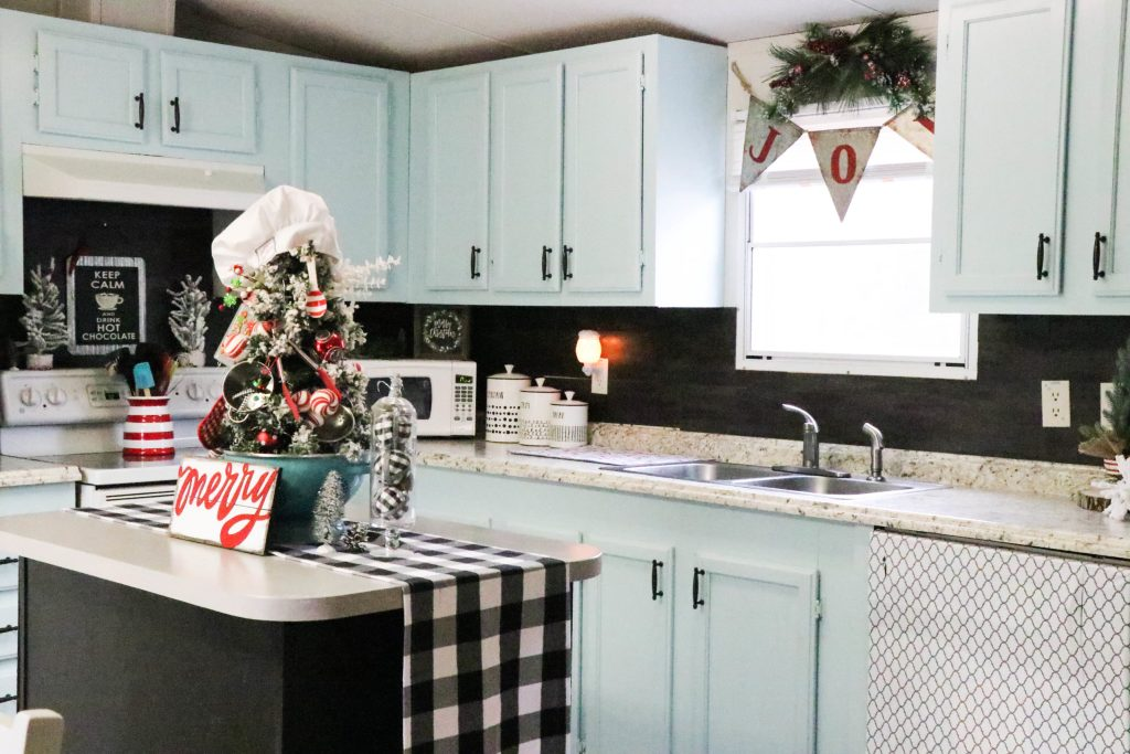 A Christmas Kitchen Re Fabbed