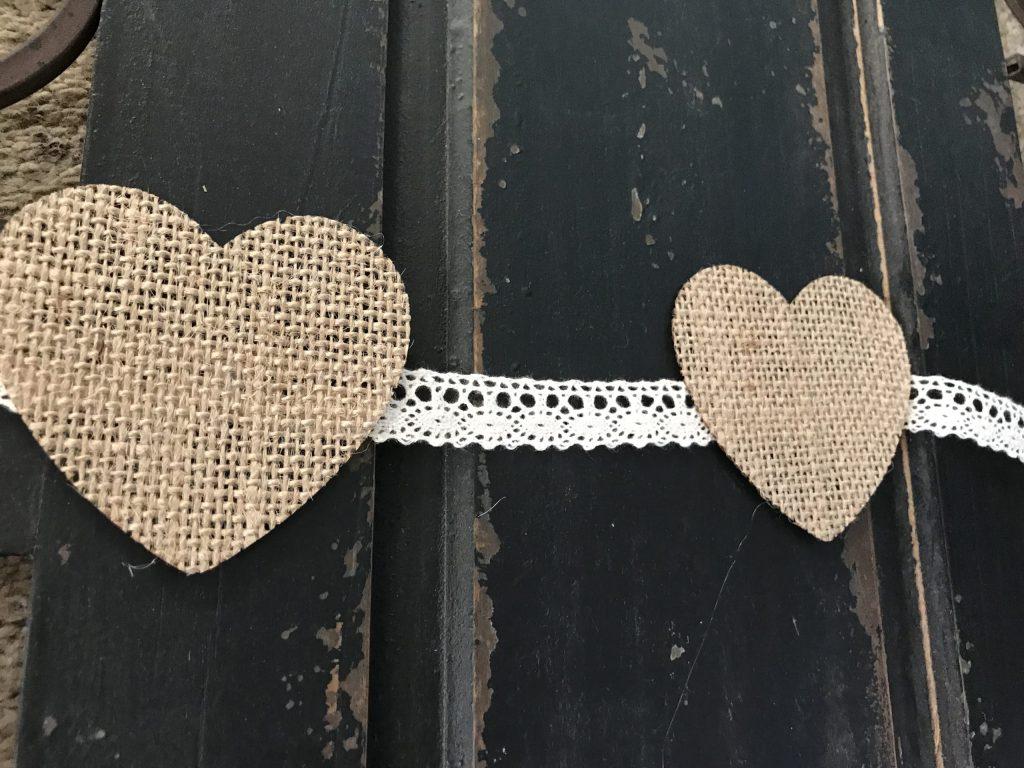 DIY Burlap Valentine's Banner