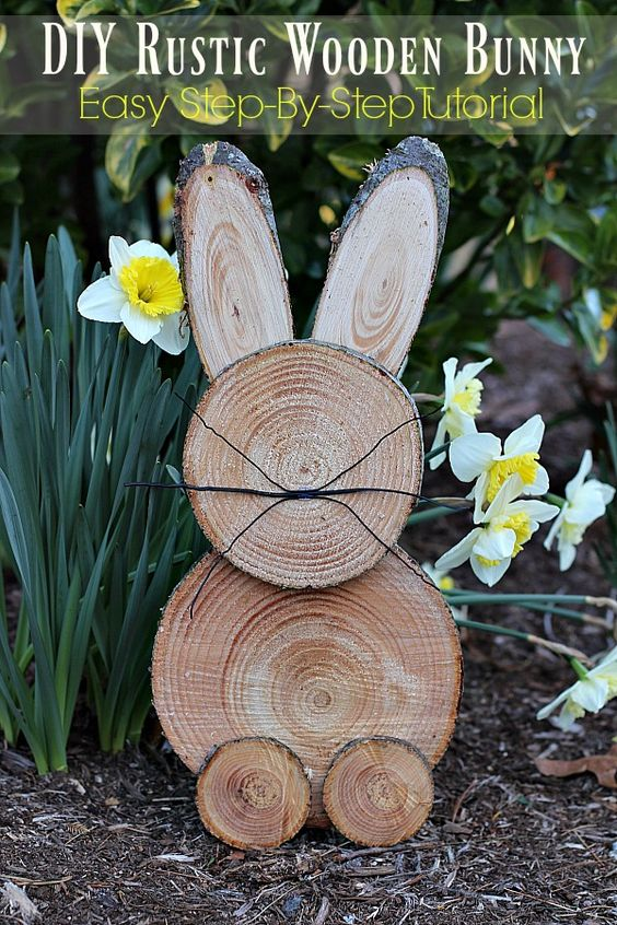 Make a bunny from wood slices!