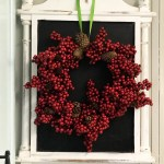 diy Dollar Tree embroidery hoop berry wreath