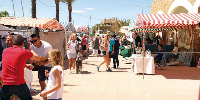 Sotogrande Sunday Market Crafts