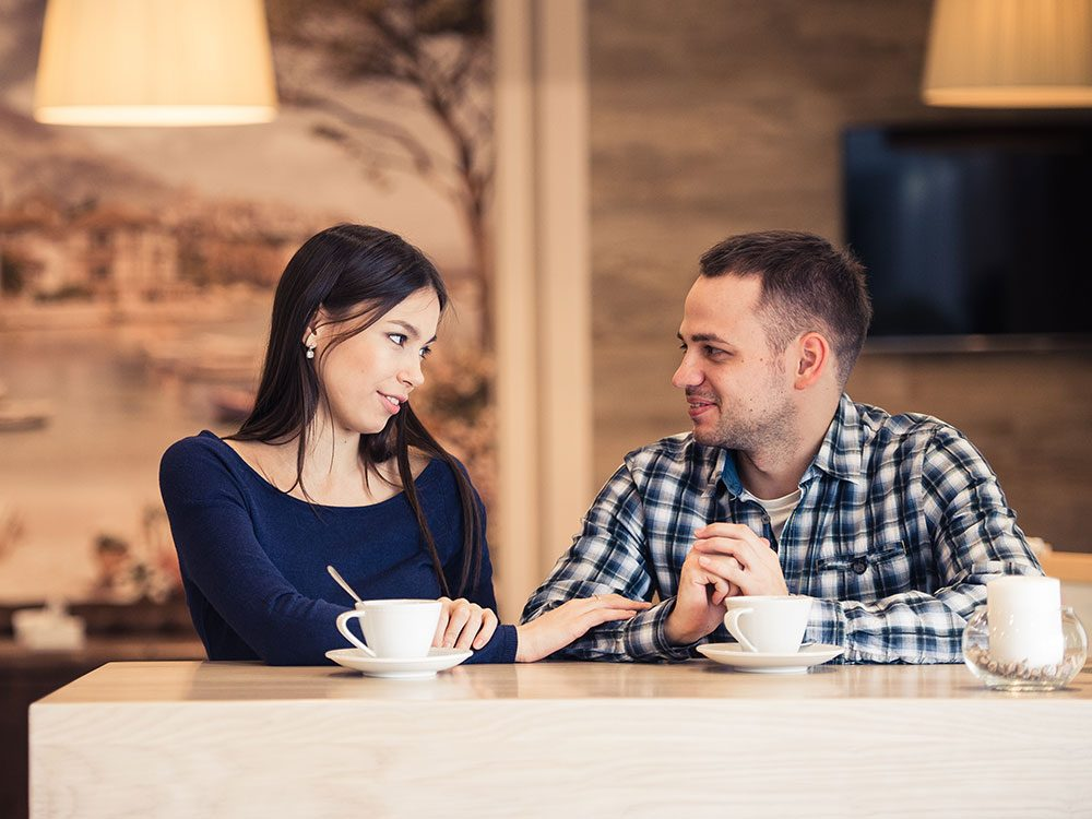 5 Simple Tips to Make a Girl Fall in Love on the First Date