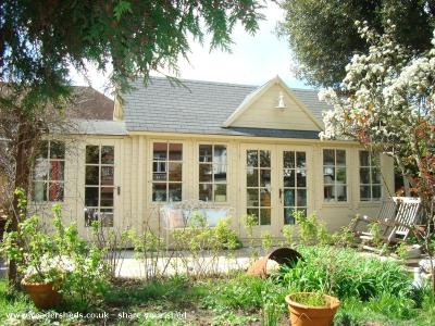 Ambience Home Furnishings - Tamsin Orr