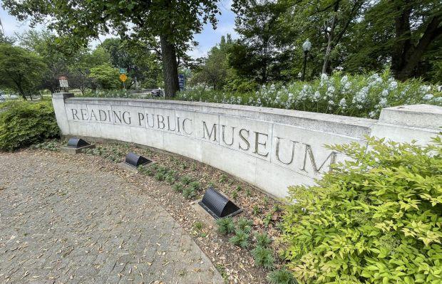 Reading Public Museum stone sign